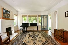 Welcome In: An elegant condo 2 story condo in #Rockridge area