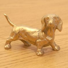 Dachshund Dog || Solid Brass Dog Sculpture || Vintage Statue || Metal Alloy Figurine || Miniature Statuette by UKAmobile on Etsy
