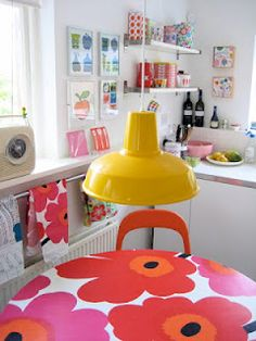 Vintage Marimekko formica kitchen table - one of my favourite pieces of furniture. Marimekko, Bright Kitchens, Home Kitchens, Do It Yourself Design, Piece A Vivre, Interior Decorating, Interior Design, Home And Deco, Mellow Yellow