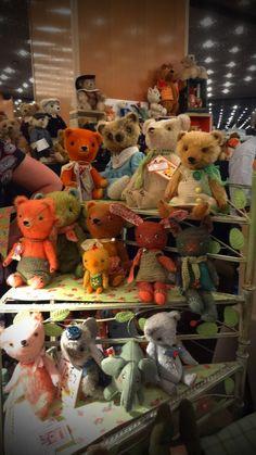MandyWong!: Hugglets Teddy Bear Festival Pussman & co bears