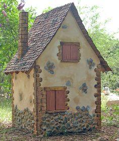En esta casa vive una bruja muy auténtica, mala y fea, con rasgos masculinos y feroz. Su casa es robusta y resiste a las peores tormentas... Bird Houses Diy, Clay Houses, Stone Houses, Miniature Houses, Fairy Houses, Gnome House, Witch House, Earthy Home, Tiny House Exterior
