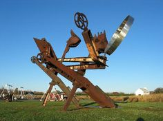 Johnny Appleseed by Mark di Suvero