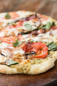 Grilled Vegetable Flatbread Pizza for 400 calories or less! ohsweetbasil.com