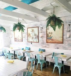 How about a vibe like this? Inspo for our future ICONic cafe; Cafe Restaurant, Caribbean Restaurant, Beach Restaurant Design, Caribbean Cafe, Hawaiian Restaurant, Cafe Interior Design, Cafe Design, Interior Ideas, Decoration Restaurant