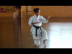 ▶ 11 Year Old Girl Karate Champion in Japan! - YouTube