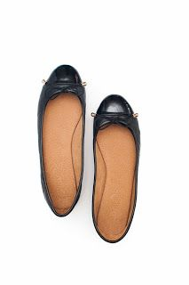 The basic black www.suelasonline.com #shoes #flats #fashion #foldable #philippines #travel #wanderlust