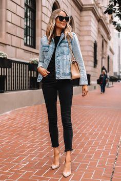 Fashion Jackson Wearing Denim Jacket Black Raw Hem Skinny Jeans Nude Pumps - Outfits for Work Outfit Jeans, Jean Jacket Outfits, Heels Outfits, Casual Outfits, Black Jeans Outfit Work, Blue Skinny Jeans Outfit, Denim Jacket Outfit Winter, How To Wear Denim Jacket, Distressed Jeans Outfit