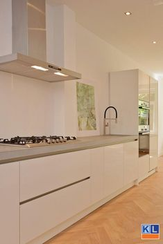 New Bathroom Lighting Bar Kitchens 60 Ideas Home Decor Kitchen, Kitchen Interior, Home Kitchens, Deco Design, Küchen Design, Bathroom Wall Decor, Bathroom Lighting, Small White Kitchens, Kitchen White