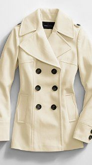 This reminds me of J.Lo in Maid in Manhattan :-) Plus I would LOVE a white peacoat!