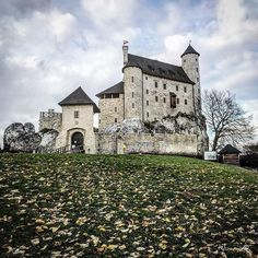 Bobolice Royal Castle from XIV century - one of the most beautiful fortresses on the Eagles' Nests trail. Disney Pixar Brave music video was made in Bobolice Castle. Poland @zamekbobolice #europe#polandsights#poland#polska#polandphotos #romantic#beautiful#castle#medieval#architecture#amazing#manor_n_castle#autumn#pictures#fun#disney#chateau#zamek#castles_oftheworld#castello#photography#photo#manor_n_castle#living_europe#loves_poland#super_polska#topeuropephoto#loves_united_castle