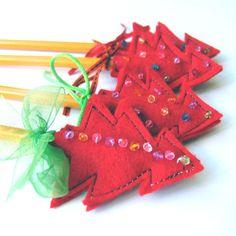 Vilten kerstboompjes, voor bovenop een potlood