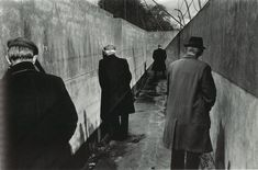 17 Most Famous Street Photographers You Should Know A street photography image by Josef Koudelka - famous street photographers Magnum Photos, Famous Street Photographers, French Photographers, Image Photography, Street Photography, Photography Magazine, Color Photography, Photography Composition, People Photography