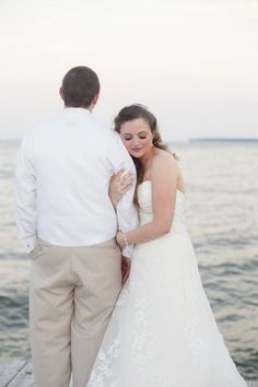 Bride and Groom Portrait | Chesapeake Bay wedding near Annapolis, Maryland | Anna Kerns Photography annakerns.com