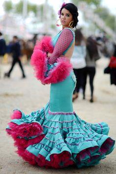 Feria de Sevilla 2016 - Florencio Pérez · Moda Flamenca por Elena Rivera · Mamá de Mayor Quiero Ser Flamenca