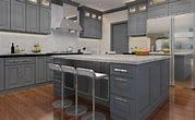 16 Ideas kitchen paint with oak cabinets wall colors white appliances Grey Cupboards, European Kitchen Cabinets, European Kitchens, Shaker Kitchen Cabinets, Painted Cupboards, Grey Kitchens, Oak Cabinets, White Cabinets, Wood Floor Kitchen