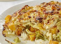 Lemon fridge tart - Food24 Chicken Lasagne, Chicken Recipes, Peppermint Crisp Tart, Garlic Naan, Tea Biscuits, Chickpea Curry, Oven Dishes