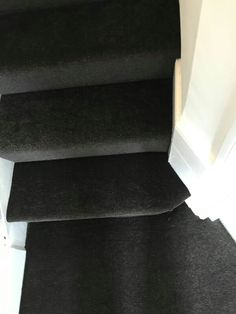 Dark chocolate polypropylene carpet