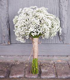 Bouquet de mariée blanc avec gypsophile | Organiser un mariage
