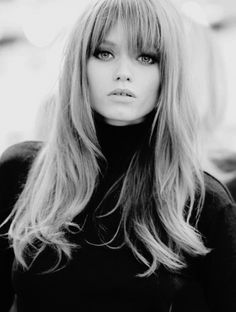 Retro Hairstyles Stunning Retro Hairstyles with Bangs Haircuts For Long Hair With Bangs, Long Hair Cuts, Hairstyles With Bangs, Straight Hairstyles, Long Bangs, Layered Hairstyle, Straight Bangs, Blonde Hairstyles, Hair Styles 2016