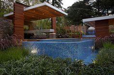 Outdoor rooms & wet edge pool