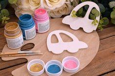 Ξύλινο Αυτοκινητάκι 12cm WC4-0370-01  Χρησιμοποιήστε το αυτοκινητάκι για να δημιουργήσετε πρωτότυπες μπομπονιέρες ή διάφορες χειροτεχνίες,για να στολίσετε τη λαμπάδα και το κουτί της βάπτισης, το τραπέζι των ευχών και το candy buffet. Sugar, Cookies, Desserts, Food, Crack Crackers, Postres, Biscuits, Deserts, Hoods