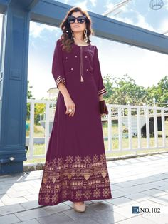 Gold Print, Beautiful Gowns, Stylists, Classy, Saree, Purple, Hot, Casual, Kurtis