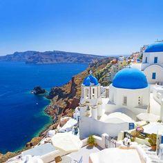 Conheça Santorini, ilha grega no roteiro de cruzeiros