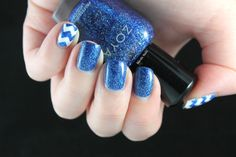 #ablecaw14 Week 12: Independence. Zoya - Dream / Rimmel - White Hot Love / Nail Vinyls.