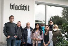 """Teilnehmer des Kurses """"Aktivierung, Berufsorientierung und Deutsch für Migranten (ABuD)"""" der Volkshochschule Göttingen haben bei Blackbit Agenturluft geschnuppert: http://www.blackbit.de/tagebuch/betriebsbesichtigung-vhs-goettingen"""