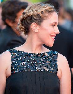 Les deux jolies tresses africaines d'Alysson Paradis au Festival de Cannes 2015