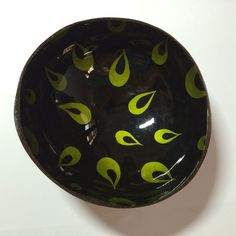 L0004 Coconuts Shell Lacquer  Bowl Craft Handmade Black Clay, Coconut Shell, Coconuts, Wood Work, Handmade Crafts, Decorative Bowls, Body Art, Shells, Woodworking