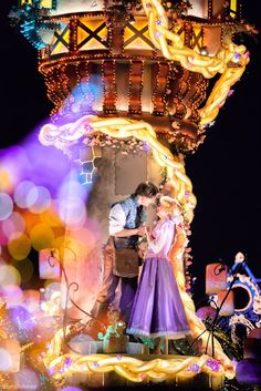 Disneyland Parade, Disneyland World, Tokyo Disneyland, Disney Day, Cute Disney, Disney Magic, Disney Parks, Rapunzel Cosplay, Disney Cosplay