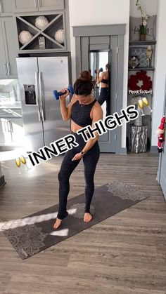 Thigh Workouts At Home, Fit Board Workouts, Fitness Workout For Women, Body Fitness, Workout Routines For Beginners, Workout Videos, Thigh Challenge, Bum Workout, Thigh Exercises