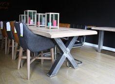 Massief eiken tafel met metalen X-poot Extra oud blad Nu 200x100 cm al voor € 795,- Ook in 220/240/260/280 en 300cm verkrijgbaar
