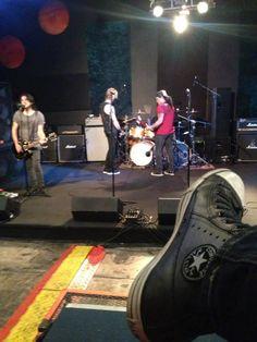 Matt, Gilby, Duff, Slash & Converse... Converse Star, The Duff, Stationary, Gym Equipment, Bike, Stars, Rock, Fashion, Bicycle