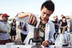 ШУИЧИ САСАКИ, ЯПОНИЯ  Победитель: 2014 Чемпионат мира AeroPress  Кофе:  16.5g   Вода:  250г мягкая минеральная вода @ 78 ° C   Brewer: Вертикально   Фильтр: Бумага И ДРУГИЕ !!!