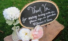Green Bride Guide's Wooden Sign Ideas | Wedding Ideas and Inspiration Blog