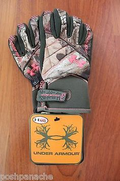 Under Armour STORM Women's Waterproof Camo Gloves NWT *** Pink UA Logo Medium Hunting Camo, Hunting Girls, Hunting Stuff, Country Girl Style, Country Girls, My Style, Pink Camo, Pink Bows, Redneck Woman