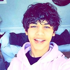 A Smile is charity☺️❤️ Adam Saleh, Harris J, Lose My Breath, Find Picture, Cute Boys, My Idol, I Am Awesome, Fangirl, Photo And Video