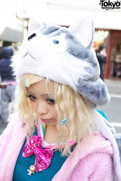 Cat Head Hat & Cute Hair Bows in Harajuku