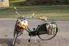 . Fans, Bicycle, Memories, Memoirs, Bike, Souvenirs, Bicycle Kick, Bicycles, Remember This