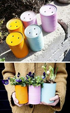 Tin Can Planters There are always an abundance of tin cans, and they make for c… Blechdosen-Pflanzgefäße Es gibt immer Diy Garden, Garden Projects, Garden Art, Garden Design, Diy Projects, Garden Gifts, Project Ideas, Summer Garden, Recycled Garden