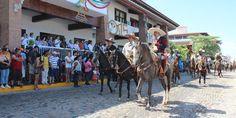 Color y tradición en el desfile charro de Puerto Vallarta