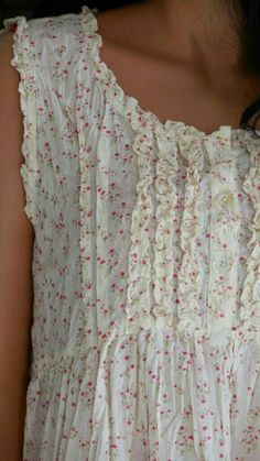 pretty night gown or farm dress detail Pretty Outfits, Beautiful Outfits, Cute Outfits, Vetements Clothing, Mode Hippie, Romantic Outfit, Mori Girl, Mode Style, Sewing Clothes