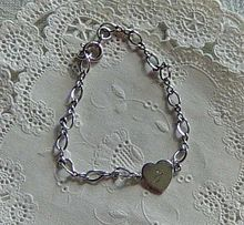 How To Make Silver Rings With Stones Refferal: 8493531787 Gold And Silver Bracelets, Silver Rings With Stones, Silver Drop Earrings, Baby Charm Bracelet, Girls Necklaces, Pearls, Sterling Silver, Jewelry, Christmas