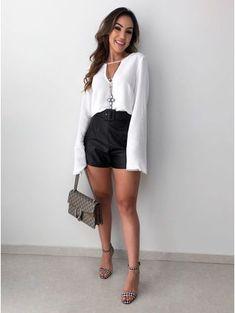 ↠ Pinterest: @niiaze ♡ ♛ VESTIDO CURTO Fashion 101, Fashion Looks, Womens Fashion, Fashion Trends, Tumblr Outfits, Stylish Outfits, Looks Party, Skirt Fashion, Fashion Outfits