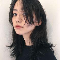 Short Punk Hair, Asian Short Hair, Girl Short Hair, Asian Bangs, Medium Hair Styles, Medium Short Hair, Long Hair Styles, Pelo Guay, Hairstyles Haircuts