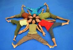 human mandala - Hledat Googlem #YogaforKids