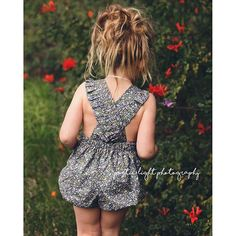 Melbourne Romper goes all the way up to size 4 AND comes with options for 3 different backs - plain or frilled straps and halter tie! This wonderful pattern by Jilly Atlanta for One Thimble Issue 12