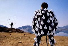 Storm Thorgerson - Pink Floyd-Delicate Sound Of Thunder